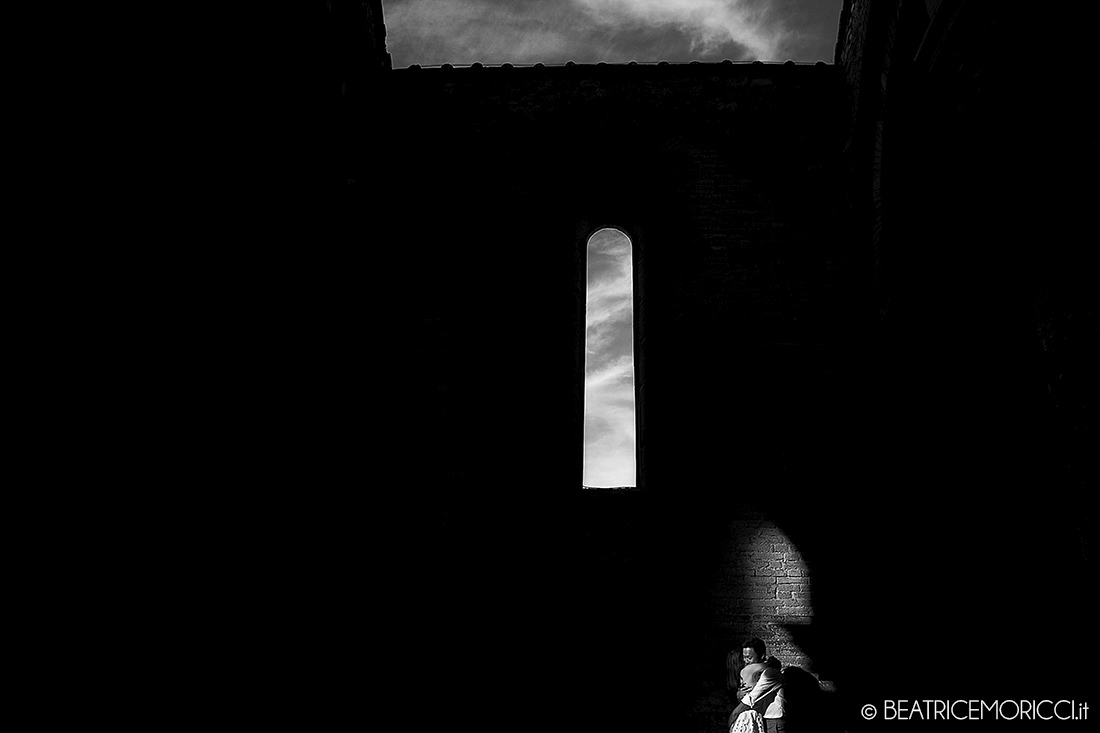 portrait_photographer_in_San_Galgano_Siena_07