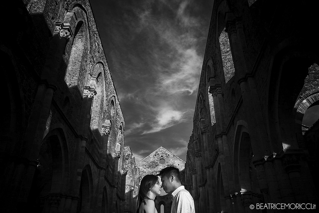 portrait_photographer_in_San_Galgano_Siena_13