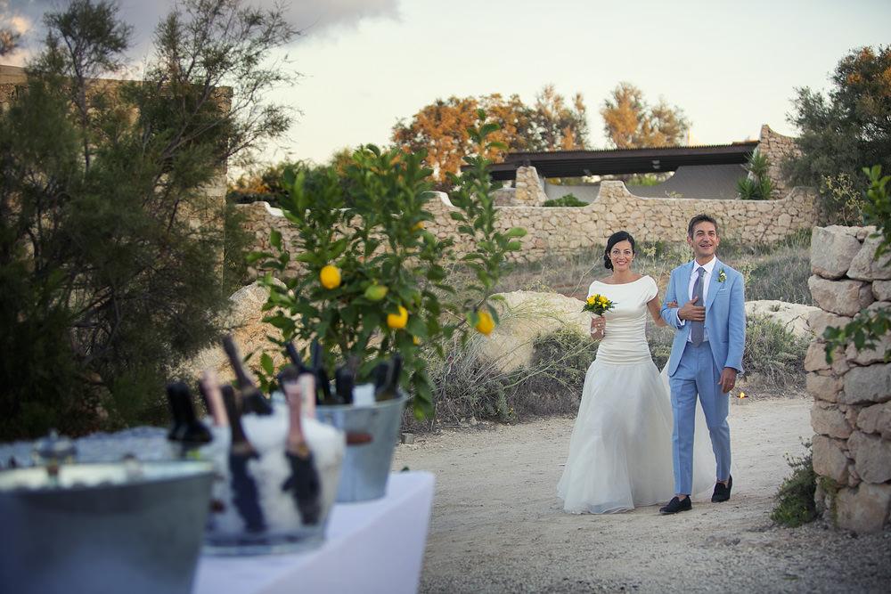Matrimonio In Spiaggia Lampedusa : Fotografo di matrimonio a lampedusa sicilia beatrice gianluca